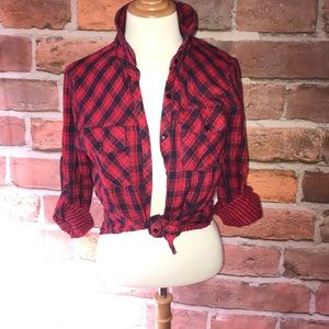 Everly Tops - Button down flannel